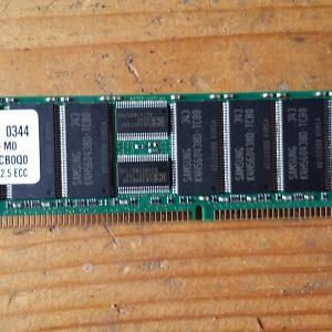 M312l6420dt0-Cb0q0 Samsung 512Mb Ddr 266Mhz Pc2100 184Pin Ecc
