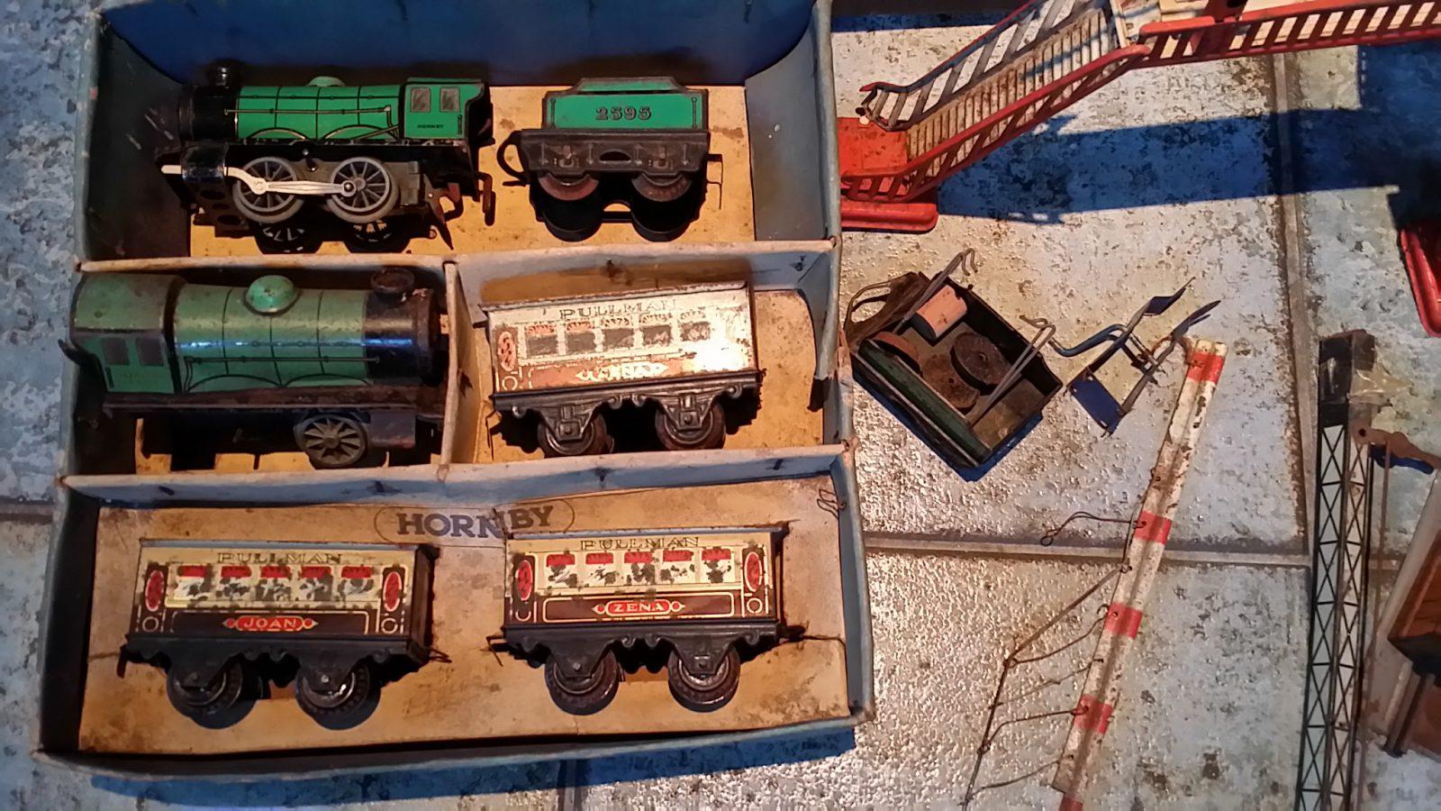 Hornby ( Meccano ) - Spoor O - Treinset MO Personentrein